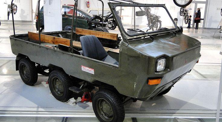Lekki Pojazd Terenowy zagrał w filmach Pan Samochodzik i niesamowity dwór oraz Pan Samochodzik i latające machiny