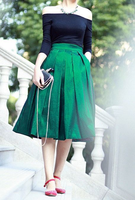 1950's skirt/green skirt/mad men's style skirt by chiclulu on Etsy