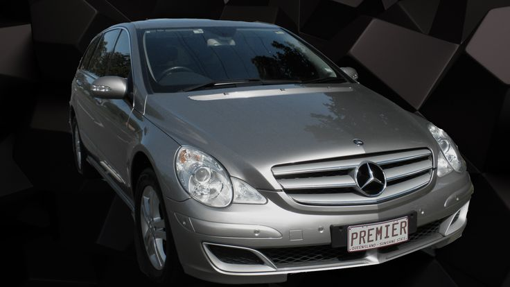 Mercedes R500 Luxury Sedan, seats 6 in comfort  #BrisbaneCorporateCras #CorporateSedansBrisbane #AirportTransfersBrisbane