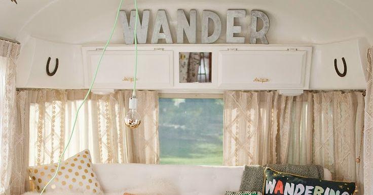 une caravane r tro r nov e caravane retro pinterest caravane r tro caravane et les vacances. Black Bedroom Furniture Sets. Home Design Ideas