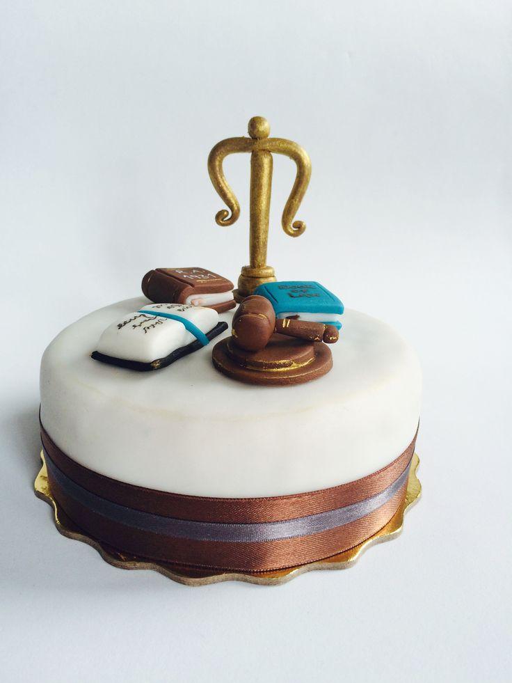 Lawyer cake, fondant