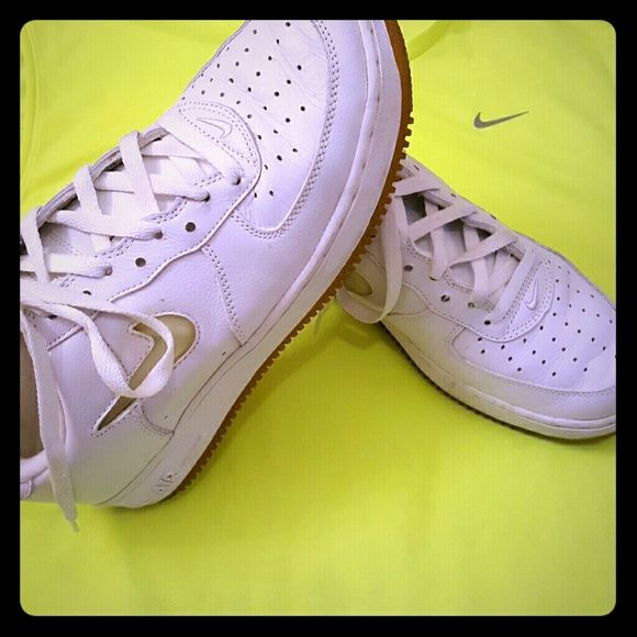 Nike Air Force 1 White Nike Air Force 1 in great condition and very clean!!!! Nike Shoes Sneakers