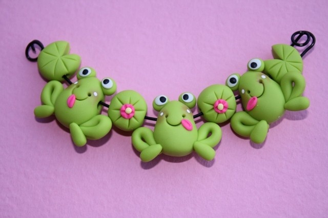 FROG Polymer Clay Bead Set.