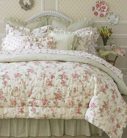 A lovely cottage bed...