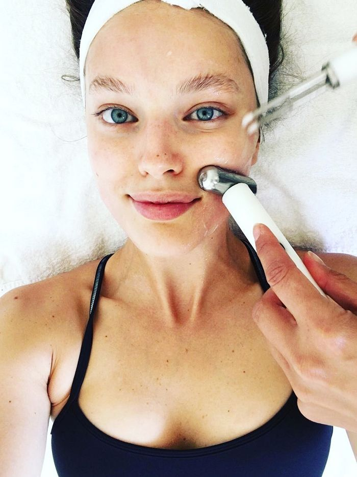 This Popular NYC Facial Could Put Plastic Surgeons out of Business via @ByrdieBeauty