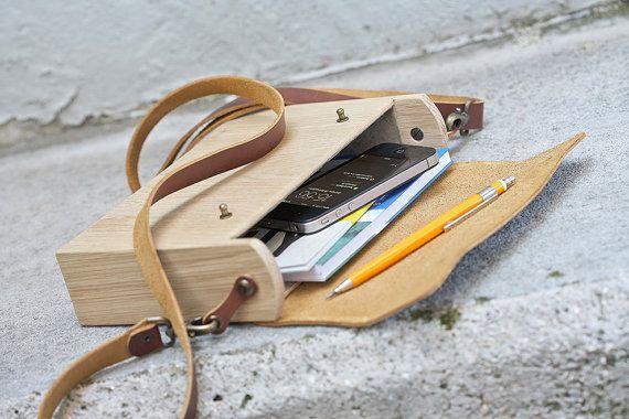 Wooden shoulder bag - Oak & leather