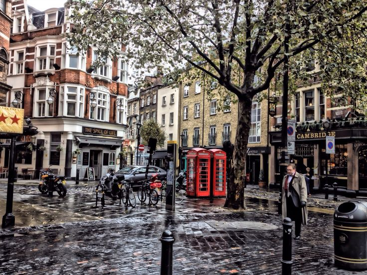 London has always been the cultural, and historical center of the world. The city has an amazing soul that makes you want to never leave. Every single airline in the world operates flights to London, visit..http://www.air-savings.com/cheap-flights-to-london