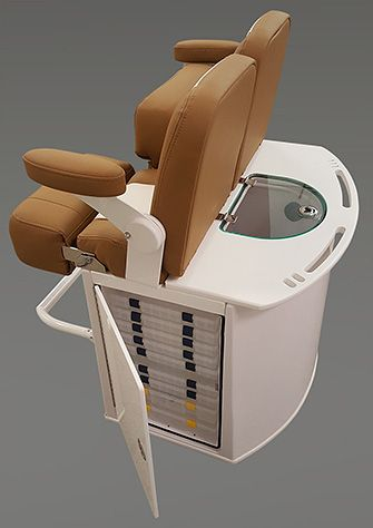 Custom Upholstered Leaning Post With Filp Up Bolster Seat Folding Arms Livewell And Tackle Fishing Boat Seats Center Console Fishing Boats Fishing Boats