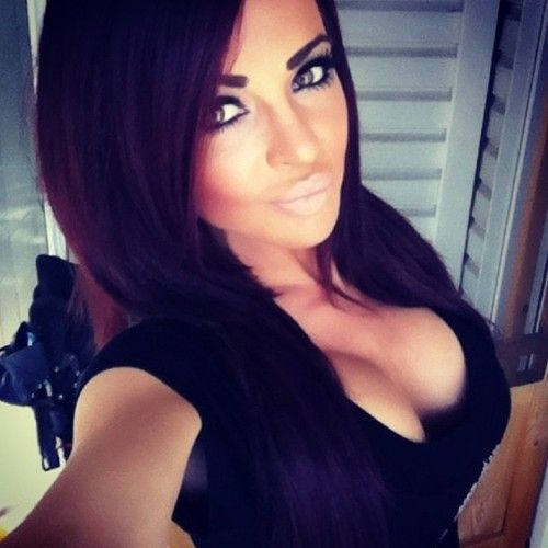 17 best images about implants2 on pinterest latinas sexy and bikinis - Fille brune au yeux bleu ...