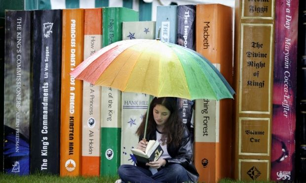 Ever worried you might be generally addicted to books? If you have any of these 15 warning signs, you're definitely a bookaholic too! But don't worry about kicking the habit. Books are awesome