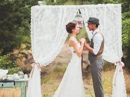 Картинки по запросу старое дерево и кружева в декоре свадьбы