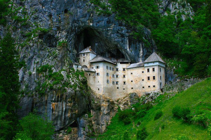 Predjama, Slovenia (by AndreaPucci)Castles Built, Travel Places, Castles Ruins, Slovenia, Places I D, Amazing Places, Predjama Castles, Postojna Caves, Bi Andreapucci