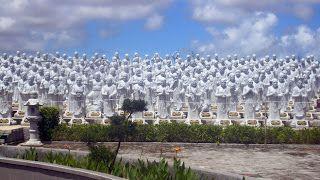 Patung Seribu Budha