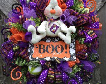 Malla guirnalda de Halloween fantasma guirnalda por BaBamWreaths                                                                                                                                                     Más