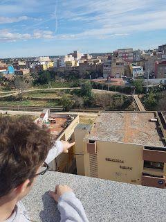 Podemos Riba-roja presenta una moción para instalar energía solar en los techos de propiedad municipal que es rechazada por PSOE, Compromís, EU y C's.