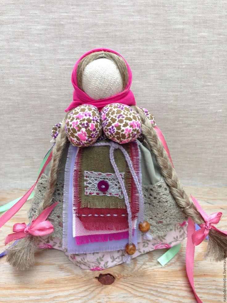 Купить Народная обережная кукла Манилка (персиковый, вишневый, зеленый) - коралловый, манилка, кукла манилка