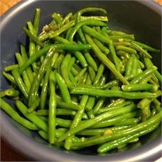 Easy Garlic Green Beans - worked great with frozen green beans (use ghee for Whole 30)