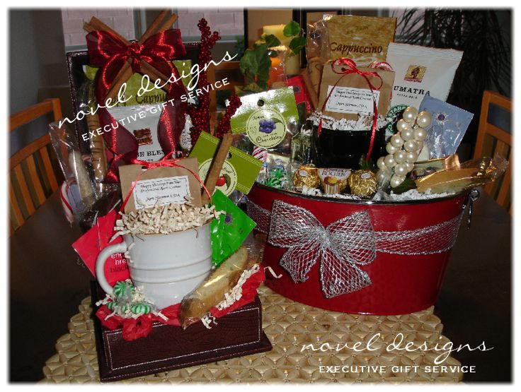 17 best images about christmas gift baskets on pinterest for Corporate christmas party gift ideas
