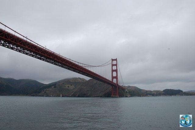 Faimosul pod Golden Gate poate fi văzut și admirat în splendidul oraș San Francisco. Podul e una din atracțiile principale din acest oraș american
