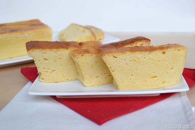 Il cheesecake giapponese, detto anche cotton cake o Cotton soft Tokyo cheesecake è un dolce nipponico preparato con una crema al formaggio che viene cotta di solito