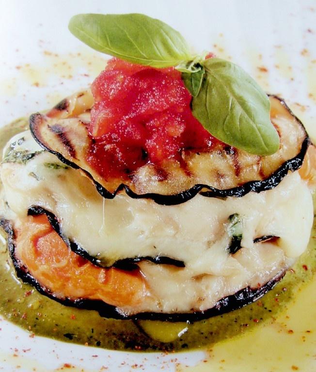 parmigiana di capesante provola affumicata e melanzane/parmigiana of scallops smoked cheese and eggplant Chef Claudio Sadler