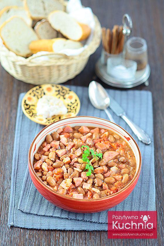 Fasolka po bretońsku - #przepis na danie, które jest charakterystyczne dla… kuchni polskiej :)  http://pozytywnakuchnia.pl/fasolka-po-bretonsku/  #obiad #kuchnia