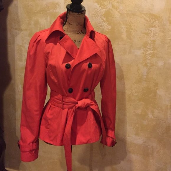 Cute rain jacket Short cute rain jacket, very flattering cut fun spring color Black rivet Jackets & Coats Trench Coats