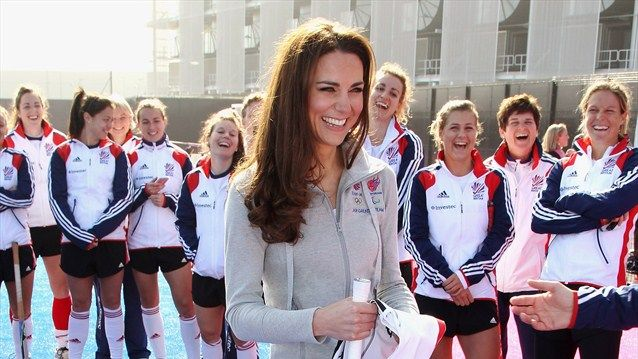 Duchess Kate: Kate Watches Hockey, Visits Team GB House + Olympic Interviews