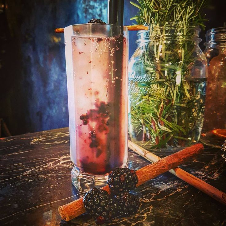 Palladium: fresh blackberries, cinnamon syrup, lemon juice, ginger beer.