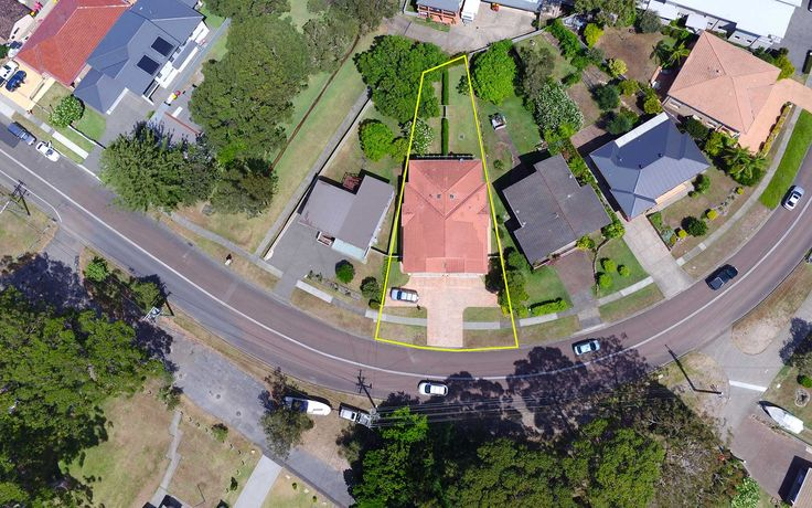 UAV Aerial Photography drone. Hover UAV is fully licensed and insured. Call us on 1300 655 918 to arrange your Mapping, Inspections, Real Estate needs