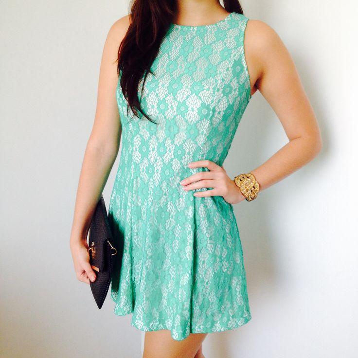 Vestido de randa verde