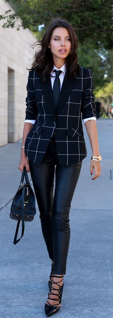 Annabelle Fleur is wearing a big grid blazer from State