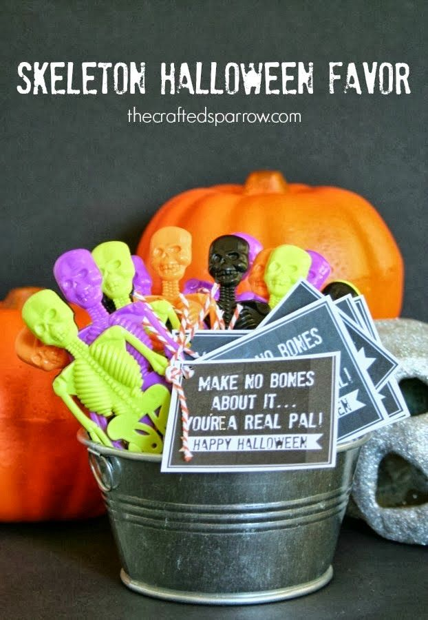 Skeleton Halloween Favor & Printable - thecraftedsparrow.com