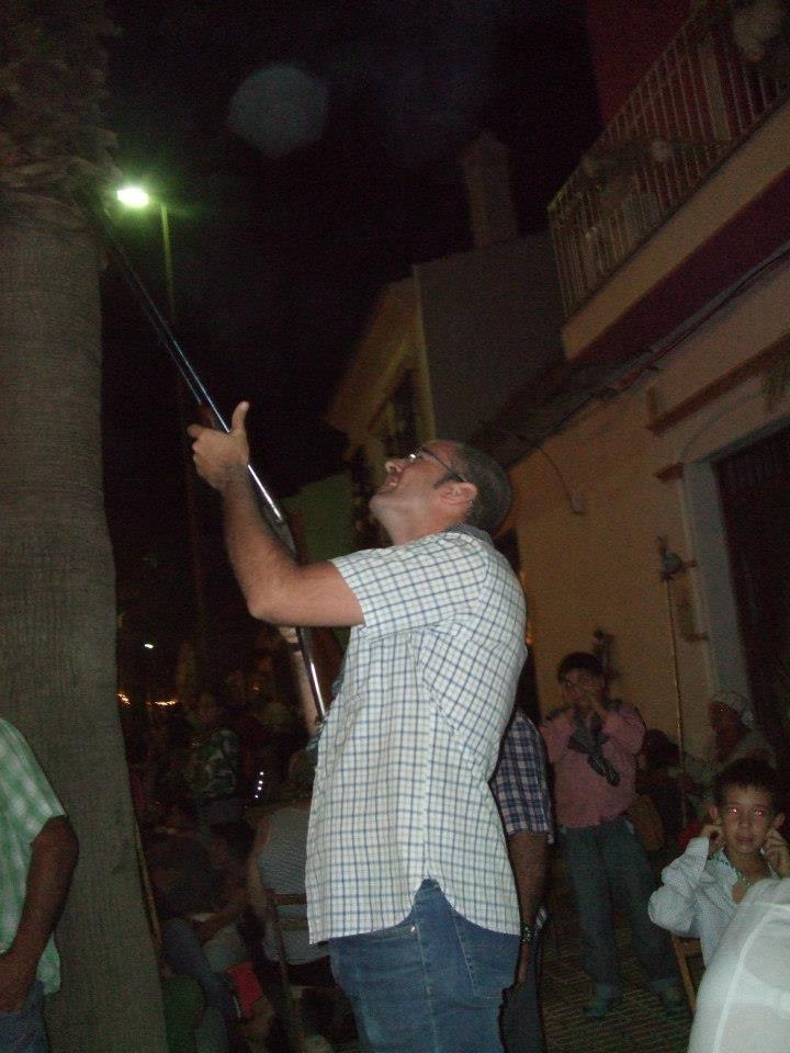 Amanece en Almonte. La Virgen viene acercandose. Las Salvas de Escopeta al aire, anuncian que ya es la Hora. Agosto 2012