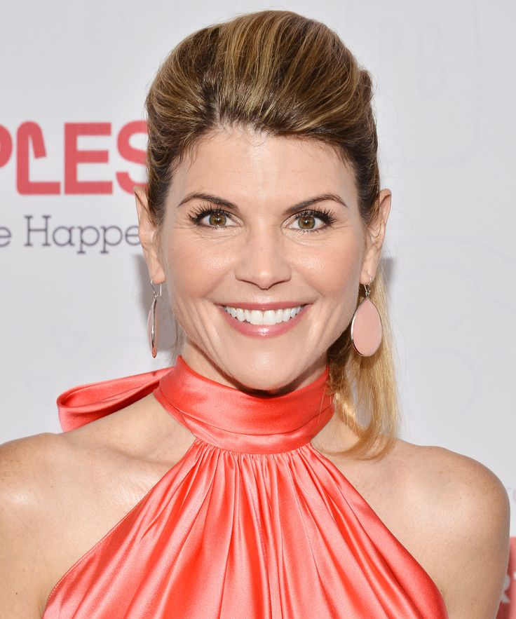 lori loughlin - photo #18