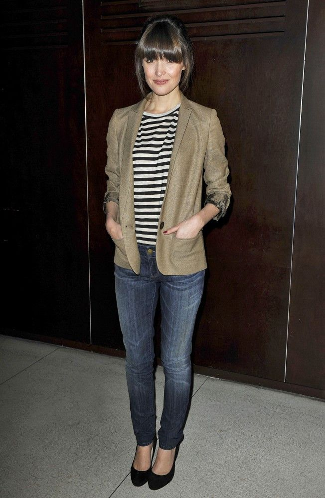 Rose Byrne - Rose Byrne Supports the Theater