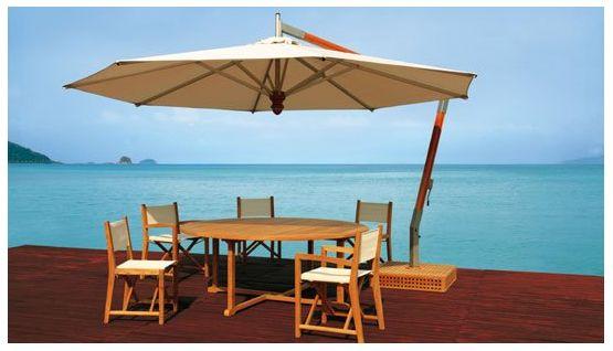 Terras zonwering met parasol http://www.zonwering.nl/zonwering/terras-zonwering/