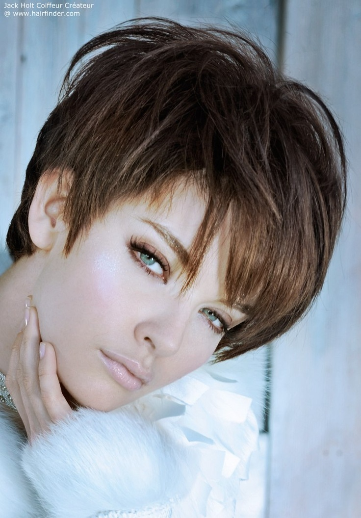 short haircut with a fringe - love the color: Pixie Haircuts, Hair Styles, Short Hairstyles, Beautiful, Hair Cut, Shorts Haircuts, Shorts Hair Style, Hairstyles Shorts, Shorts Hairstyles