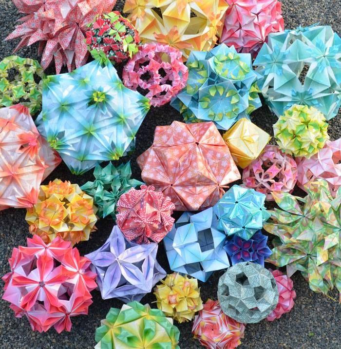 Origami workshop at #FoldWithLoveIII - 85 George Street