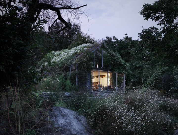 Architecture // Green Box 1 by Act Rimegialli Architects. A small unused garage is transformed into a green, weekend escape.