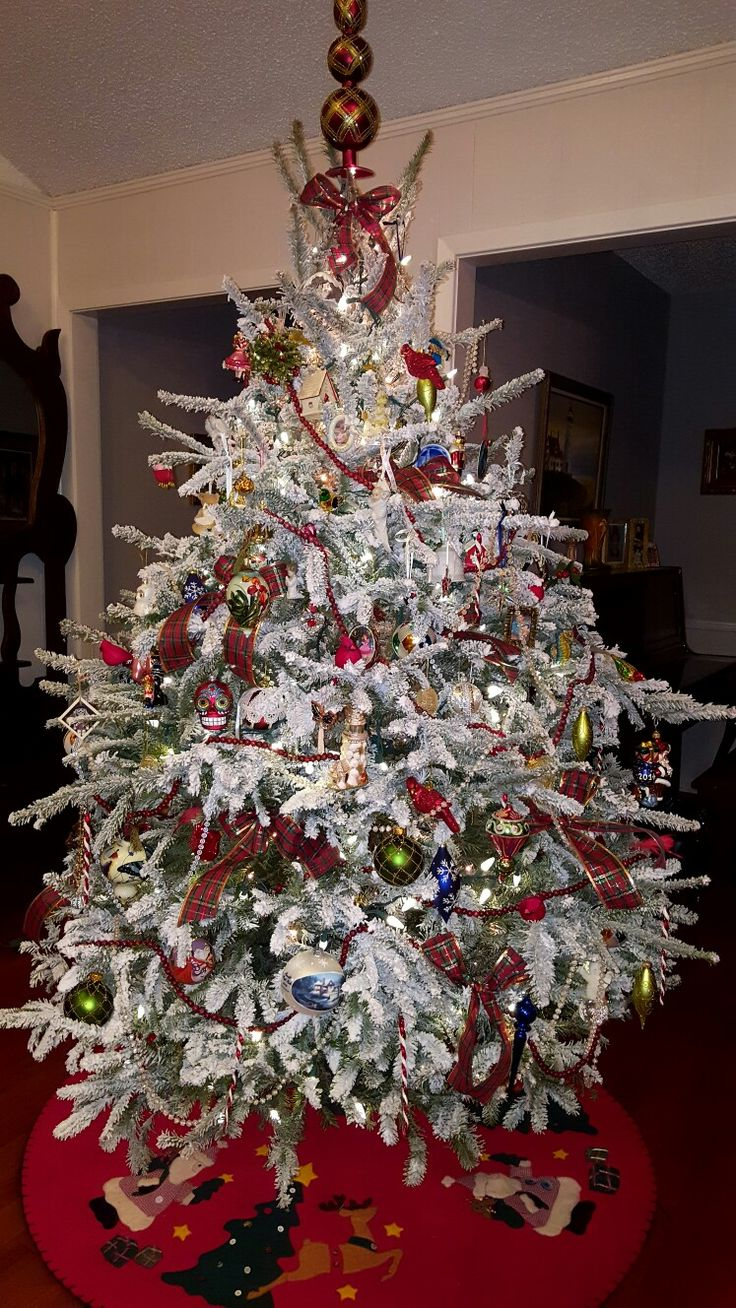581 best Christmas Trees images on Pinterest | Xmas trees ...