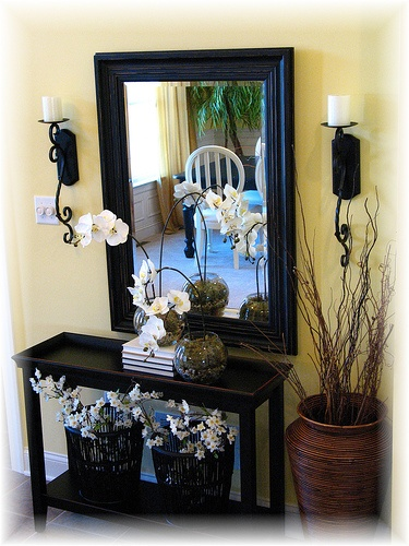 1000 ideas about foyer decorating on pinterest foyer ideas entryway decor and hall table decor. Black Bedroom Furniture Sets. Home Design Ideas