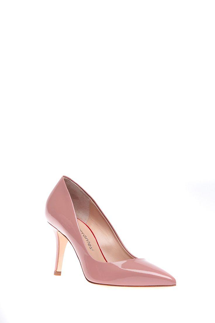 Levantesi - Классические туфли с острым носком на высоком каблуке http://oneclub.ua/tufli-37465.html#product_option22