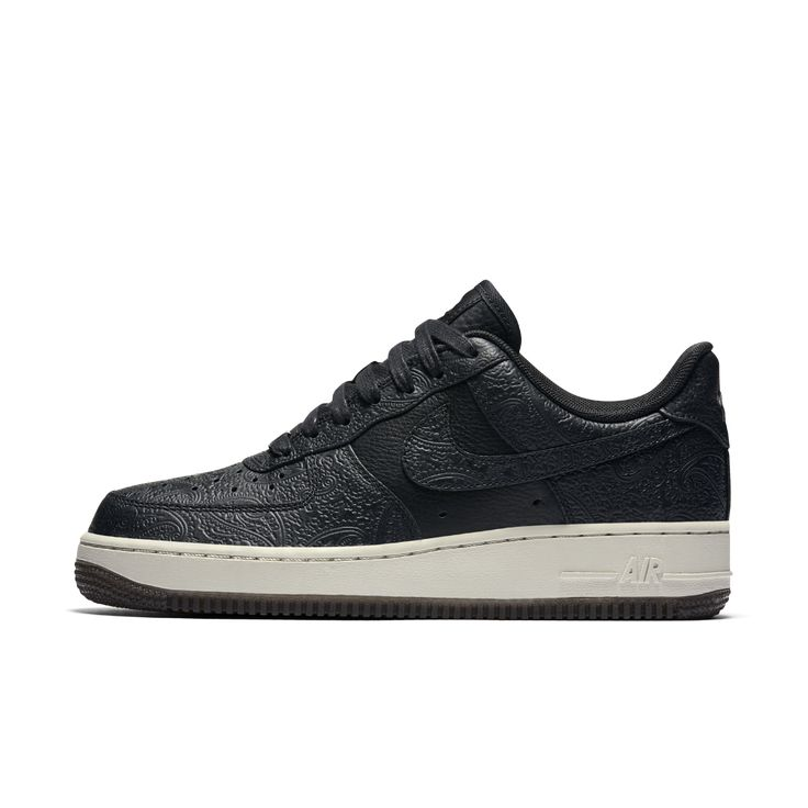 Nike Air Force 1 07 Wmns Black Suede Benassi