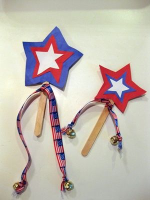 Squish Preschool Ideas: Fourth of July- Summer Crafts...kids could make this or play with these at our reception/rehearsal dinner