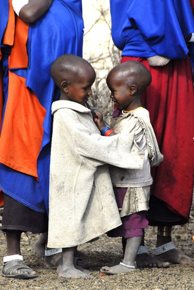 She dreams of going to Africa! Africa | 'Friends'.  Masai children. Tanzania | © Leora Eger-Dreyfuss