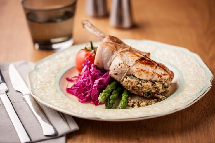 Pork Cutlets, Parsley and Parmesan stuffing: A quick and easy way to make your pork gourmet!!
