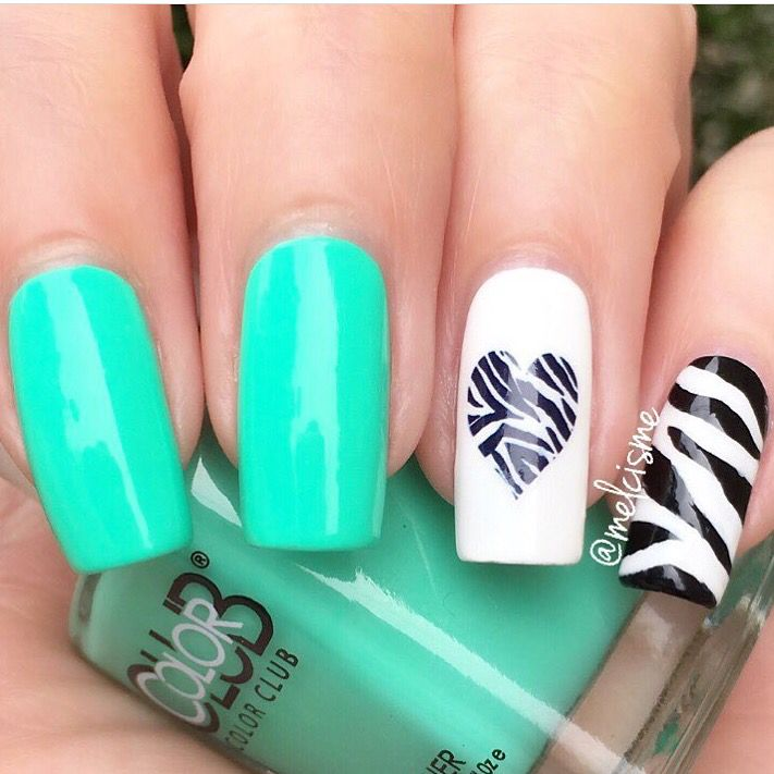 Love this zebra mani by @melcisme- wow! Melissa is using our Zebra Nail Stencils found at: snailvinyls.com