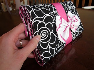 Diaper Clutch with Changing Mat: DIY tutorial