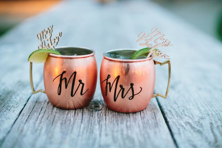 Lovers Of Love Photography | Rustic Romantic Temecula Creek Inn Wedding in Pink and Navy | Personalized Moscow Mule Mugs |  Michelle Garibay Events